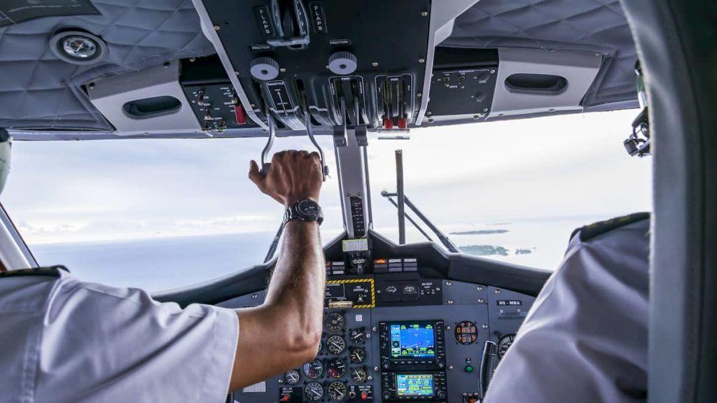a inteligência artificial e piloto de avião