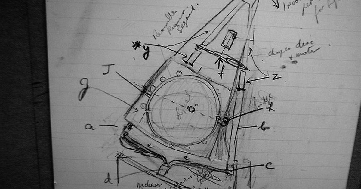Esboço de Hounsfield do protótipo de tomógrafo computadorizado